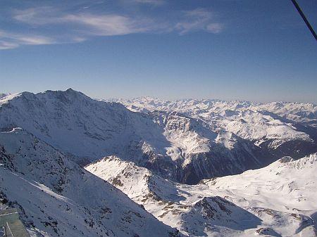 Les Alpes vues de l'aiguille rouge aux Arcs
