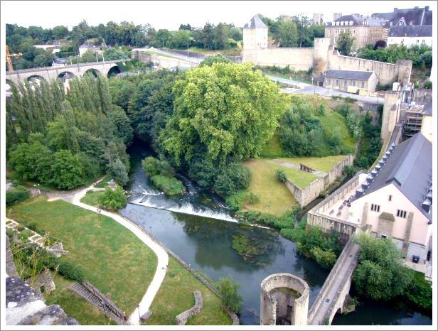 Luxembourg : Gründ