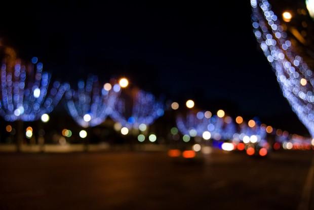 Champs Élysés by Night