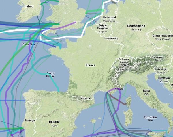 Carte des fibres optiques sous-marines autour de la France