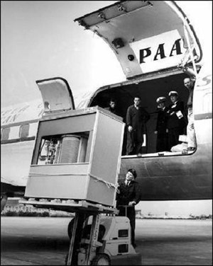 Transport du premier disque dur : IBM 350