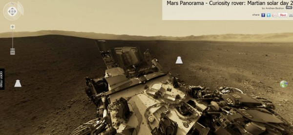 Panoramique sur Mars pris par Curiosity